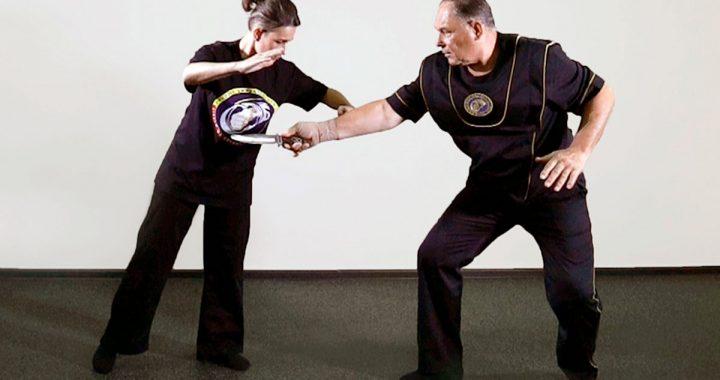 Нападение с ножом: бежать или защищаться? Часть четвертая:  ударная техника руками, первый этап противодействия
